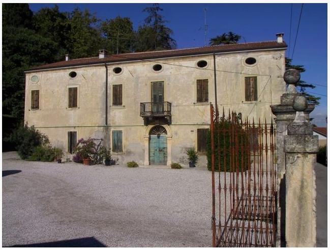 Cantina Villa Medici Sommacampagna Gardasee