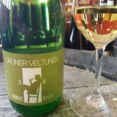 340316 Weisswein Gruener Veltliner 1 Liter Norbert Bauer